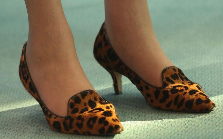 Schuhe der Premierministerin im Kanzleramt