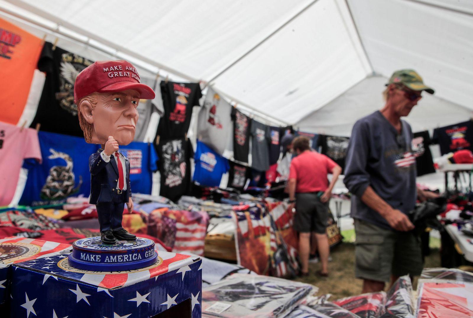 Visitors gather to Mount Rushmore before Trump's visit, Keystone, USA - 02 Jul 2020