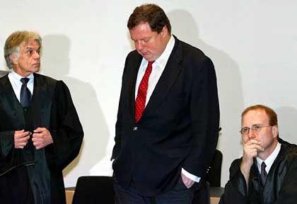 Max Strauß und Anwalt: Verteidigung kündigt Revision an