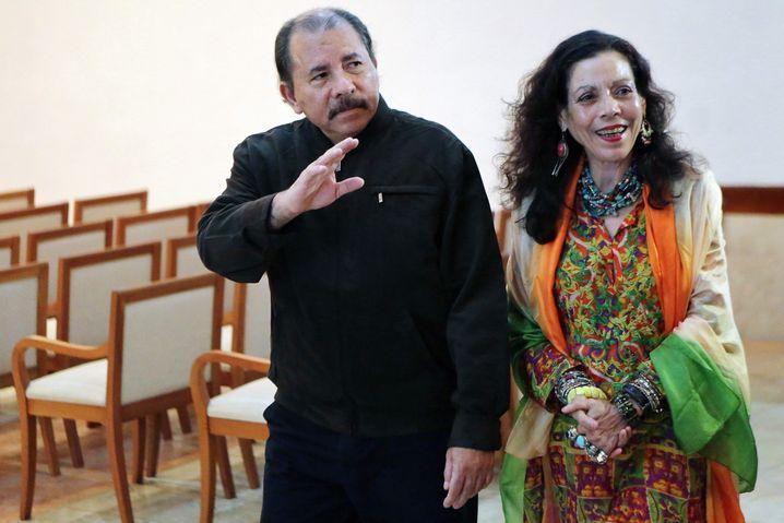 Daniel Ortega und Rosário Murillo