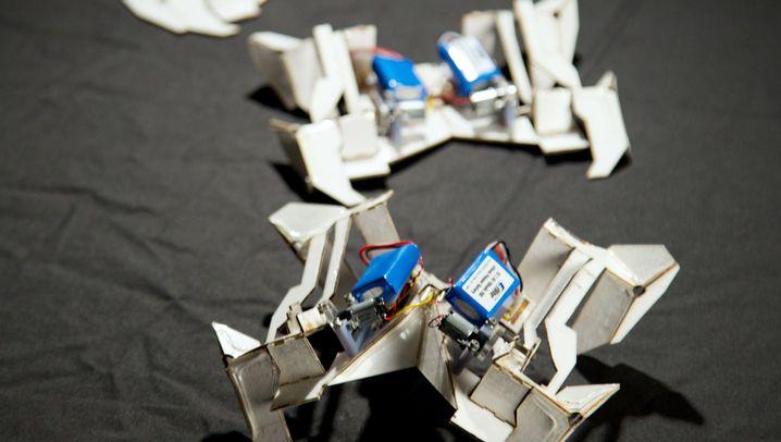 Materialforschung: Prototyp eines neuartigen Origami-Roboters