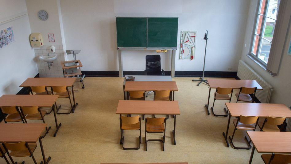 Leeres Klassenzimmer: Wie wird sich Schule durch die Coronakrise verändern?