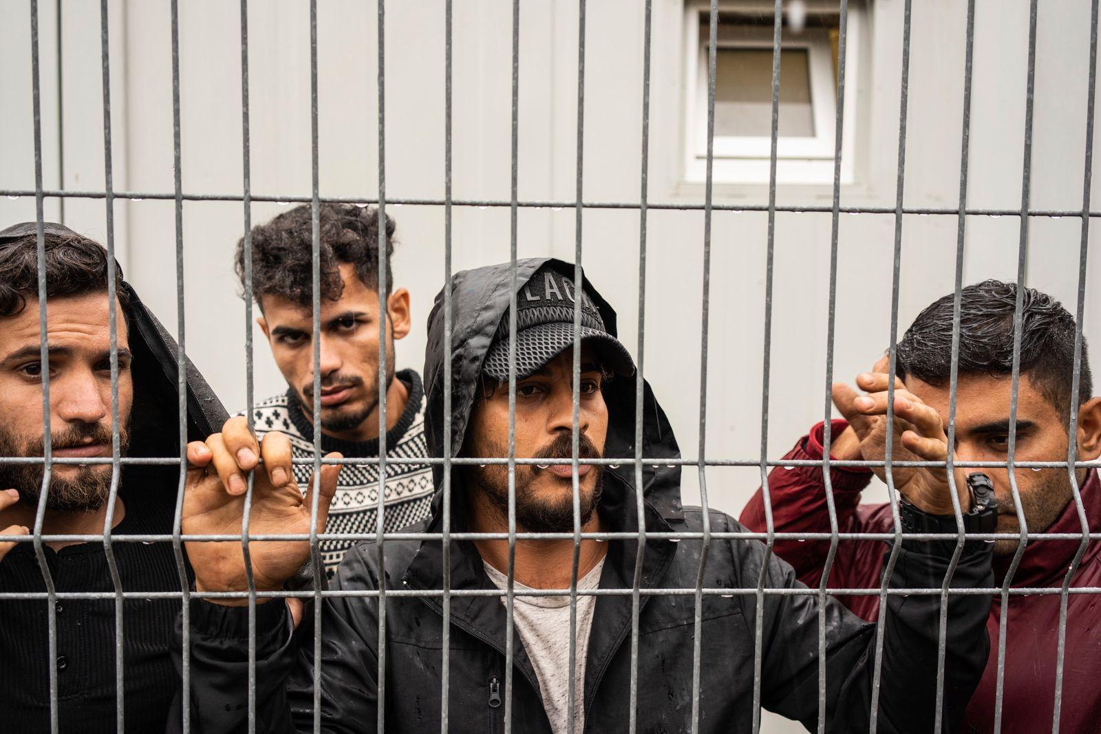 Rūdninkai' refugees camp for Der Spiegel by Severina Venckutė