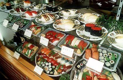 Japanisches Fastfood: Sushi wird auch zu bezahlbaren Preisen angeboten