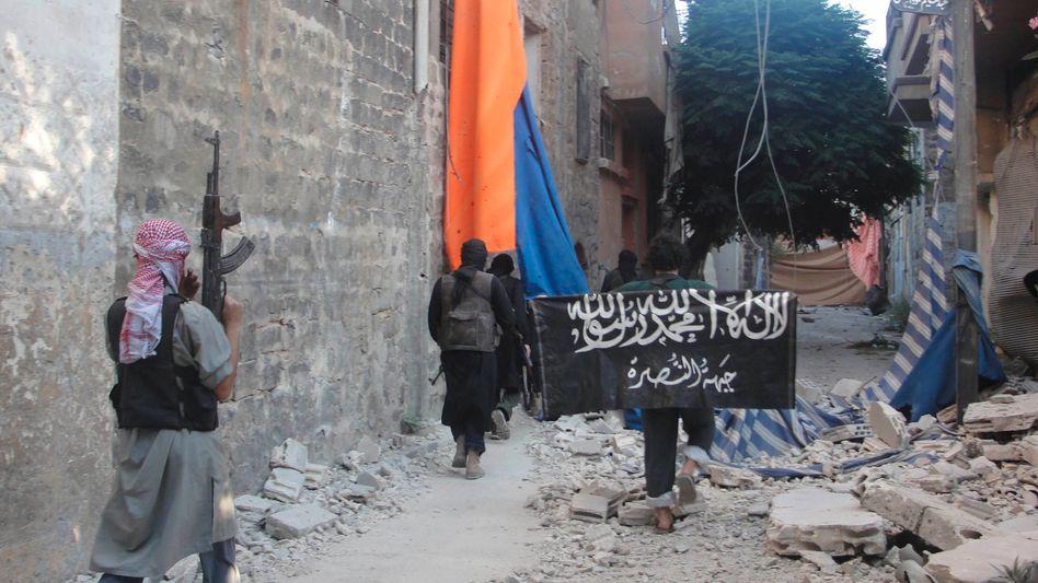 Islamistische Kämpfer in Syrien (Archivbild): Warnung aus Damaskus
