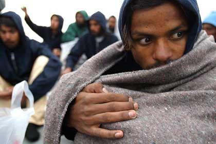 Bootsflüchtling: Spanien will fast eine Million illegale Einwanderer legalisieren