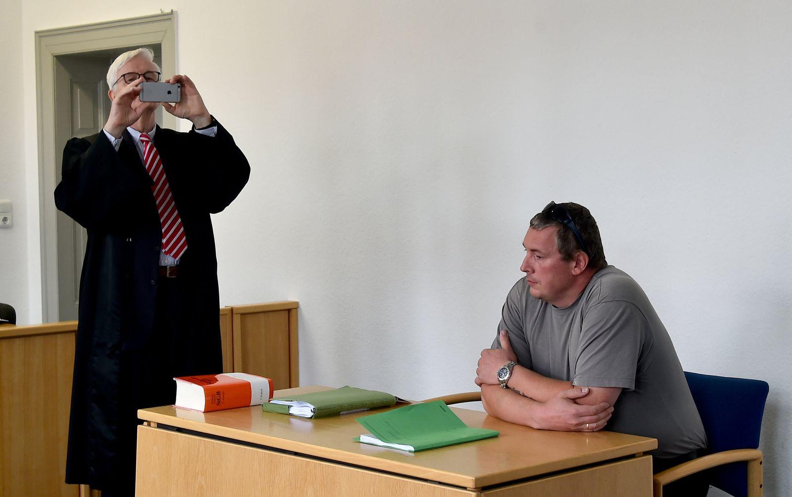Prozess gegen AfD-Politiker Jan-Ulrich Weiß