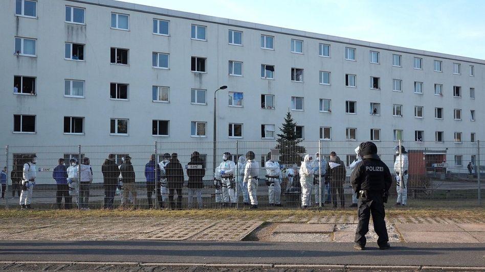 Die Zentrale Erstaufnahmestelle in Suhl wurde abgeriegelt, nachdem dort eine Corona-Infektion nachgewiesen wurde (Foto vom 17. März)