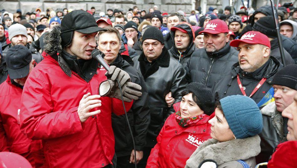 Machtkampf in der Ukraine: Klitschko führt Massenprotestin Kiew an