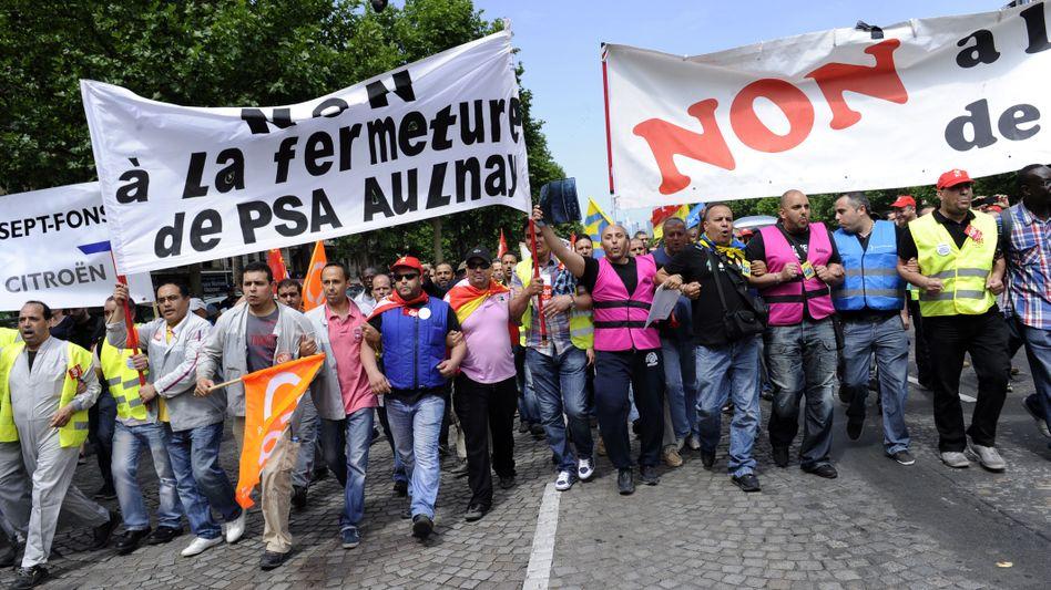Demonstration von PSA-Arbeitern in Paris: 8000 Stellen sollen wegfallen