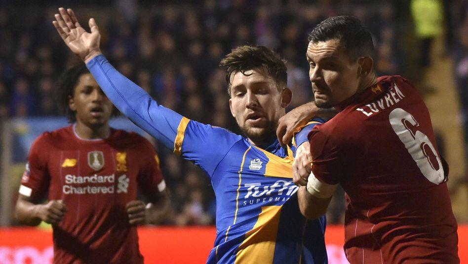 Hatte mit den Drittligaspielern sichtlich zu kämpfen: Liverpools Innenverteidiger Dejan Lovren