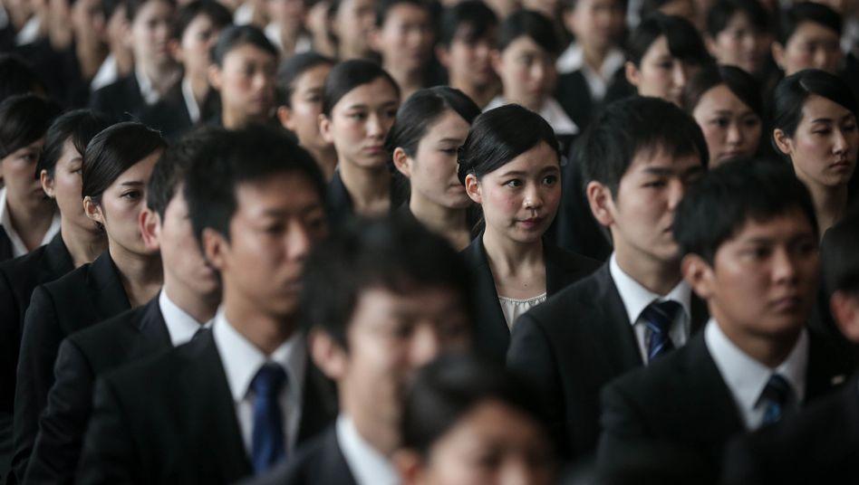 Mitarbeiter einer japanischen Firma (Archiv)