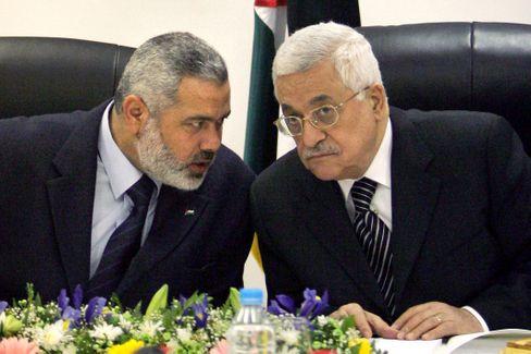 Abbas mit Hamas-Chef Ismail Hanija