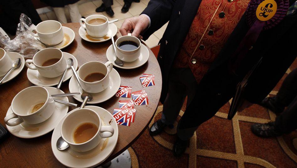 Kaffeekonsum: Vieltrinker fühlen sich nicht wacher als Abstinenzler