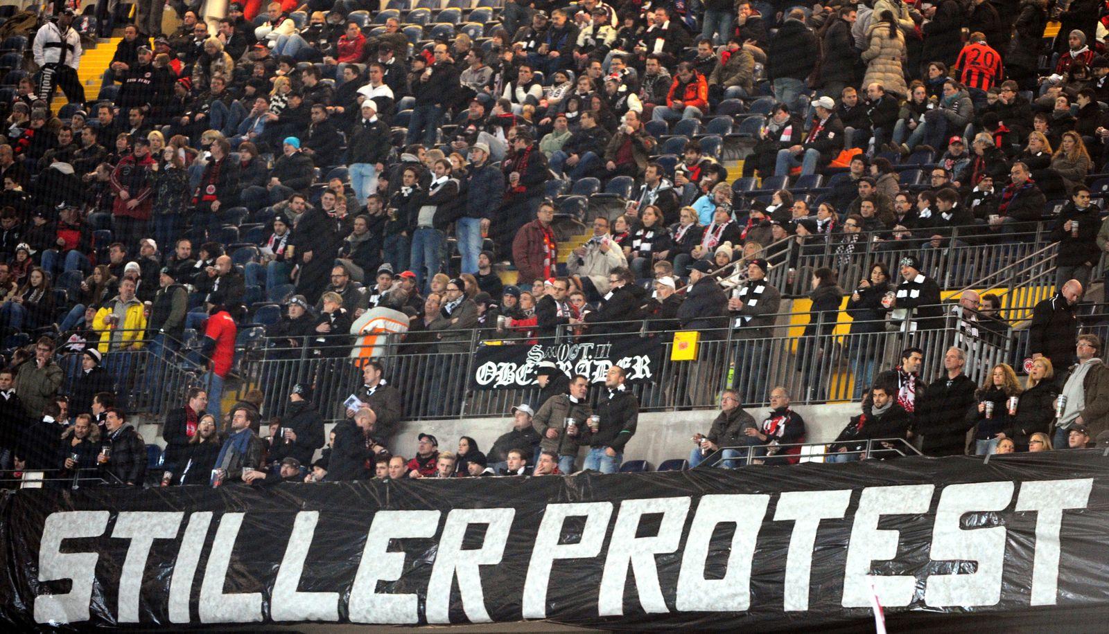 Fanprotest / Eintracht Frankfurt - 1. FSV Mainz 05