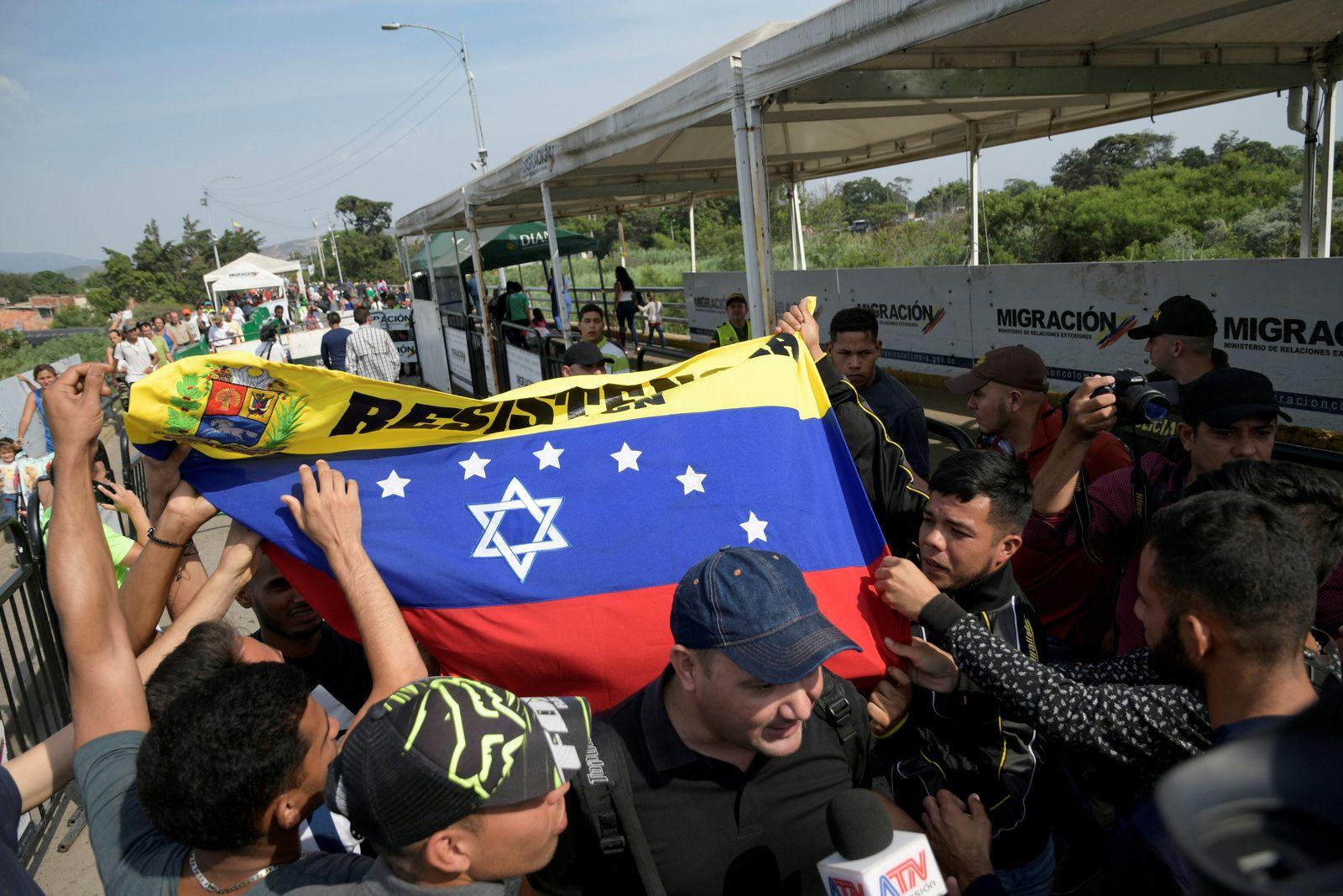 VENEZUELA-POLITICS/COLOMBIA-MILITIA