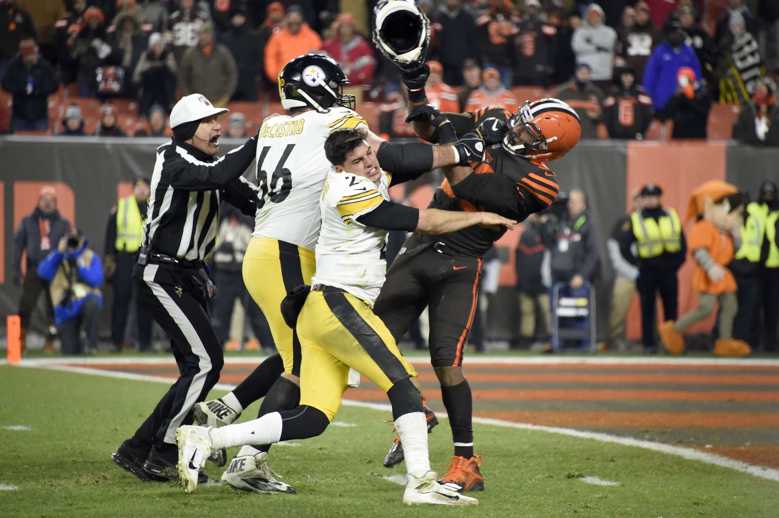 FBN-SPO-PITTSBURGH-STEELERS-VCLEVELAND-BROWNS