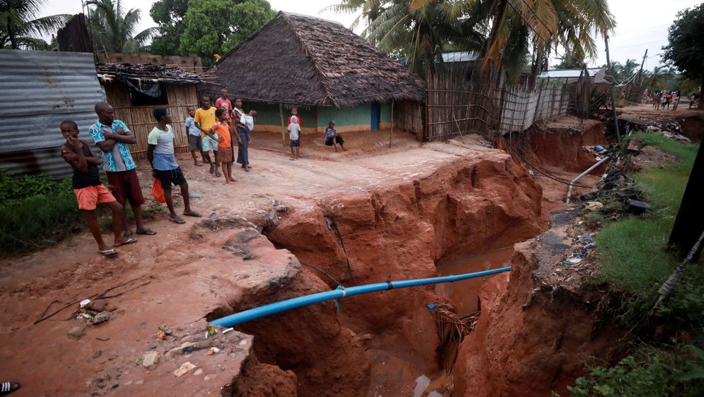 Wirbelstürme in Mosambik, Simbabwe und Malawi: Hunger, Seuchen, Zerstörung