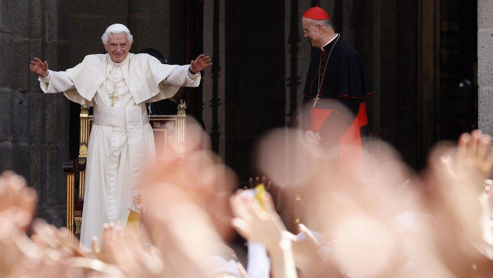 Matusseks Papst-Reise: Inquisition und Wissenschaft