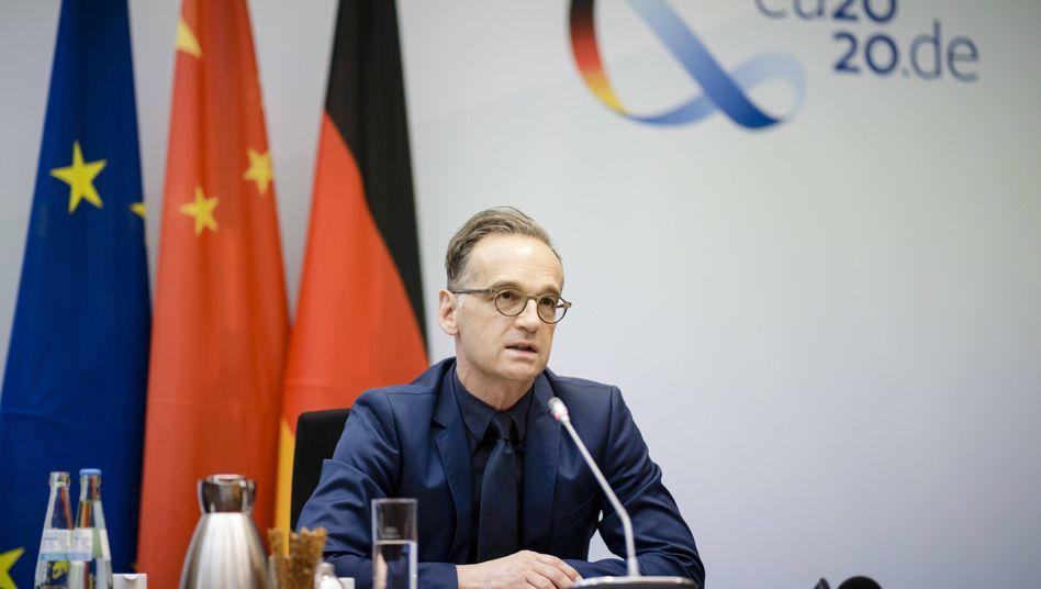 Außenminister Heiko Maas bei einer Videokonferenz mit dem Chinesischen Aussenminister Wang Yi (Archivbild)