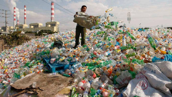 Müll: 822.000 Eiffeltürme aus Plastik