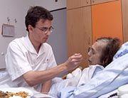 Zivildienstleistender mit Pflegefall