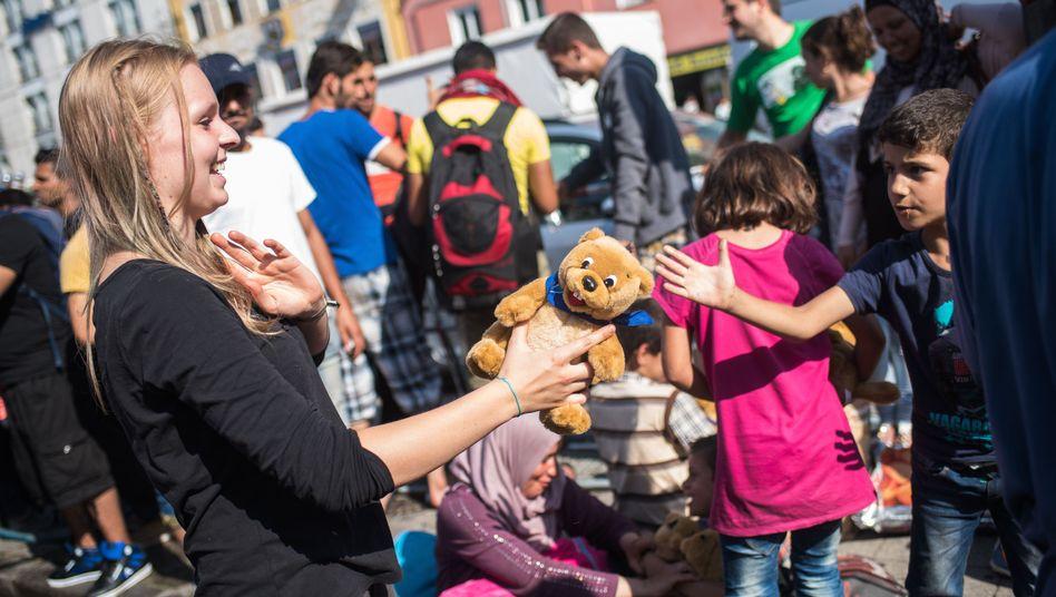Flüchtlinge am Münchner Hauptbahnhof: Was ist eigentlich deutsch?