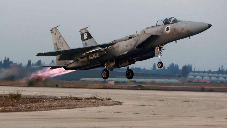 Israelischer Kampfjet (Archivbild): Nächtlicher Angriff in Syrien