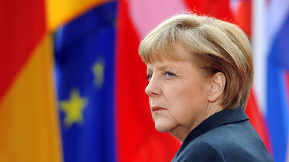 Many politicians in Berlin believe German Chancellor Angela Merkel may follow a tough line with Greece when Prime Minister Antonis Samaras visits next week.