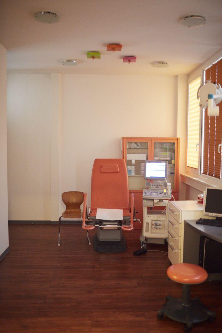 Untersuchungsraum in süddeutscher Fertilitätsklinik