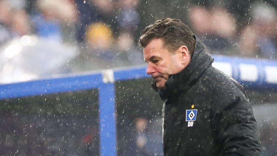 HSV-Trainer Dieter Hecking droht den Aufstieg zu verpassen