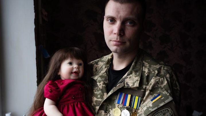 Ukraine vor der Präsidentschaftswahl: Serhij, der Veteran und Puppenmacher