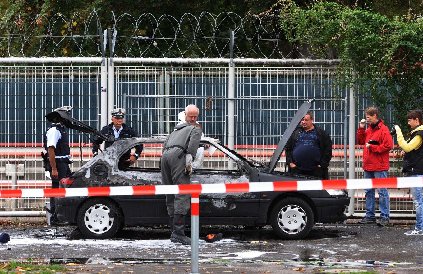 Ausgebranntes Auto, Cannstatt