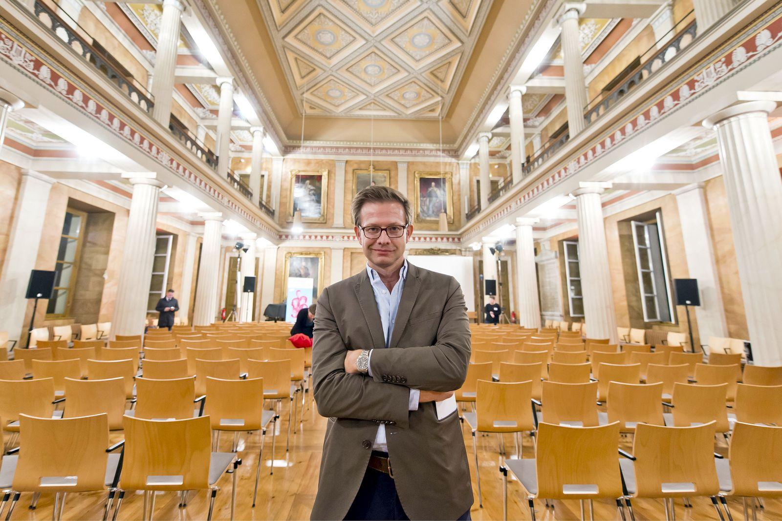 EINMALIGE VERWENDUNG Florian Illies