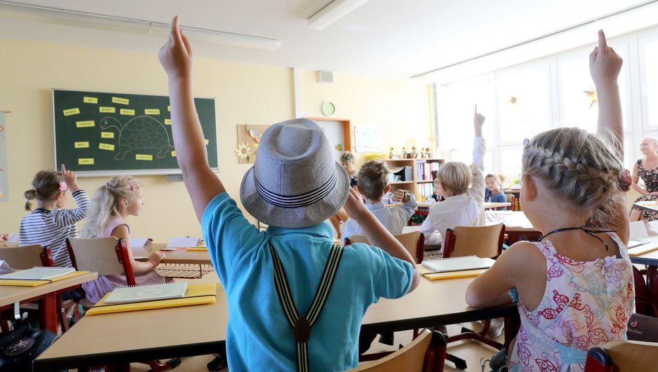 Grundschulkinder in Rostock