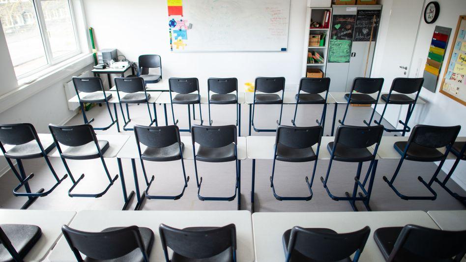Leeres Klassenzimmer in Übach-Palenberg