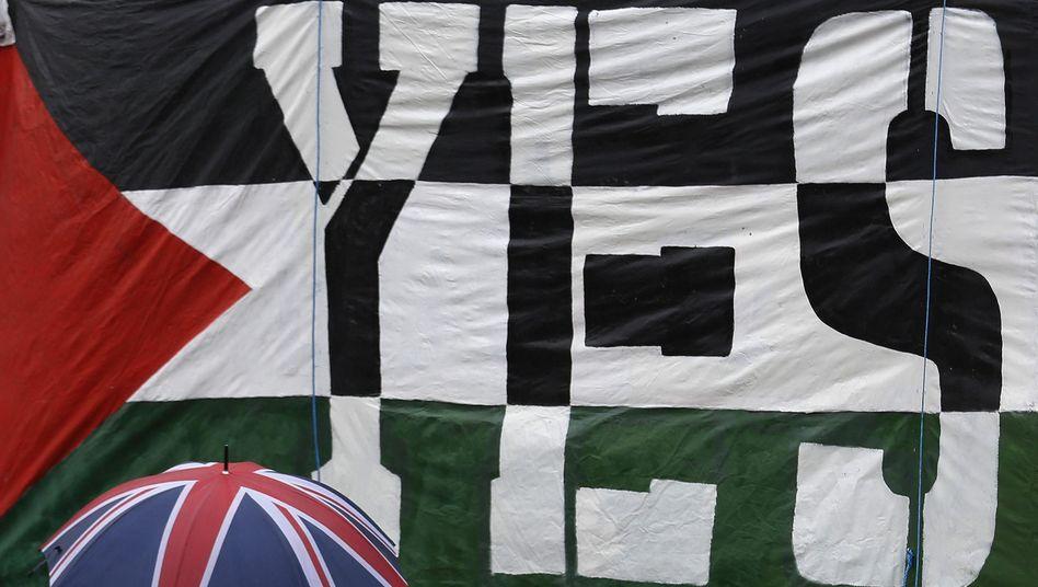 Transparent in London: Abgeordnete stimmen für Anerkennung Palästinas