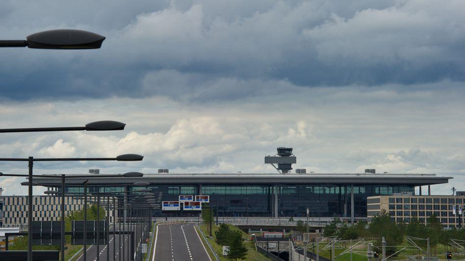 Terminal des neuen Hauptstadtflughafens: Sorgen wegen Milliardenlücke
