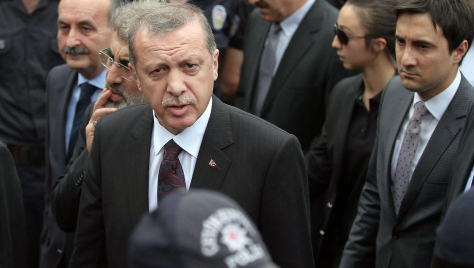 Erdoan Soma'da: Ülke deimeye balyor