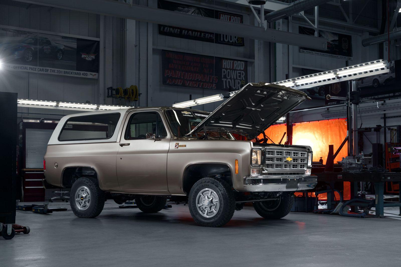 SEMA-Chevrolet-Performance-K5-Blazer