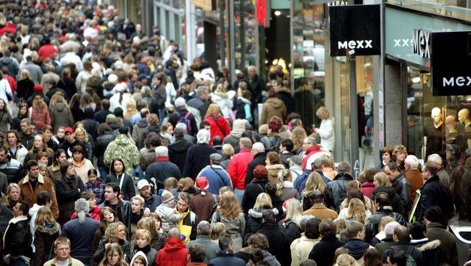 Einkaufsstraße in Köln: Der Konsum treibt die Konjunktur an