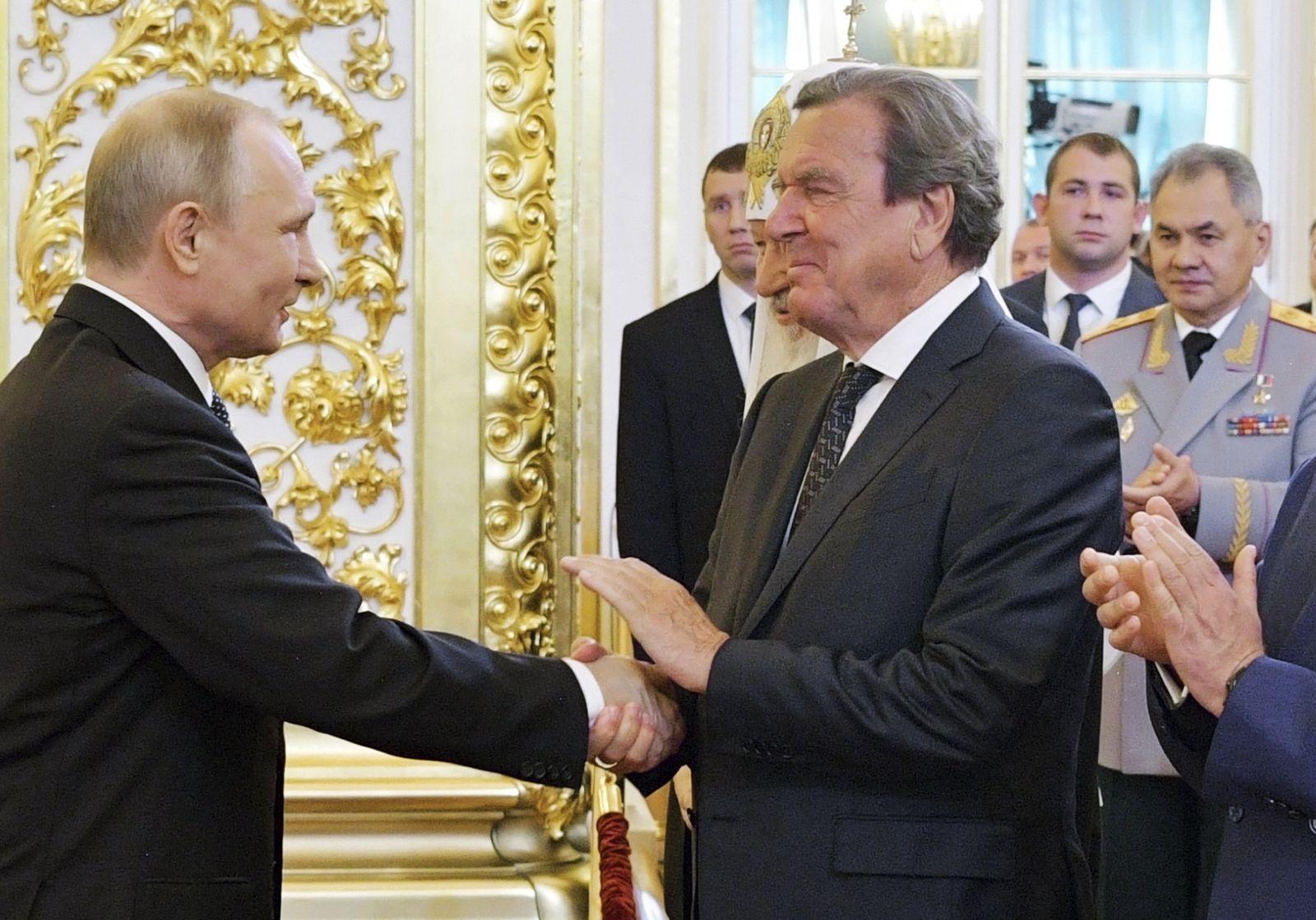 Wladimir Putin, Gerhard Schröder