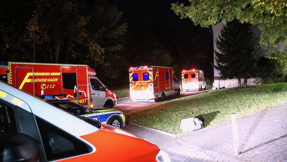 Rettungswagen vor der Jugendherberge
