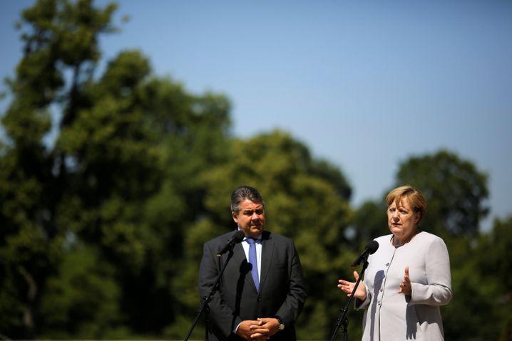 Vize Gabriel, Kanzlerin Merkel im Sommer
