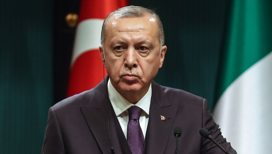 """Recep Tayyip Erdogan: Gespräche in Moskau """"haben der internationalen Gemeinschaft das wahre Gesicht Haftars gezeigt"""""""