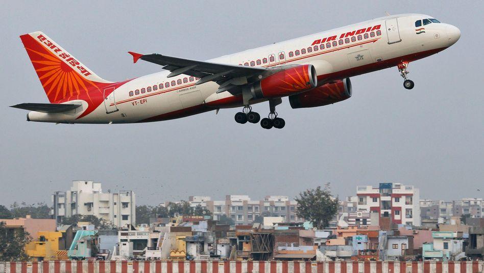 Air-India-Flugzeug beim Start (Archivbild): Erneuter Zwischenfall während des Fluges