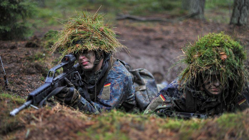 Junge Soldaten: Kriegseinsatz nicht ausgeschlossen