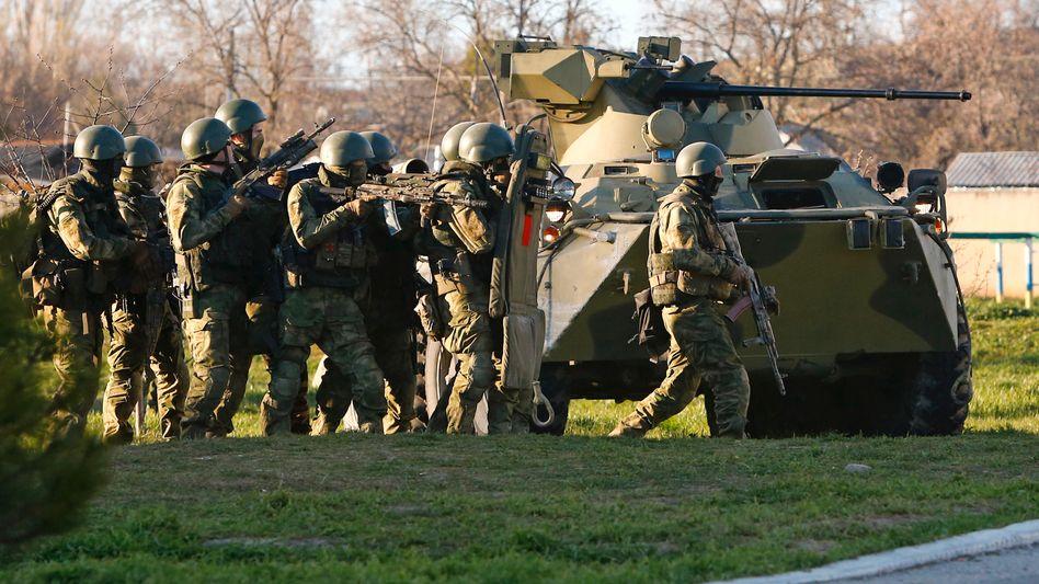 Mutmaßlich russische Soldaten in Belbek: Zwei weitere Stützpunkte verloren