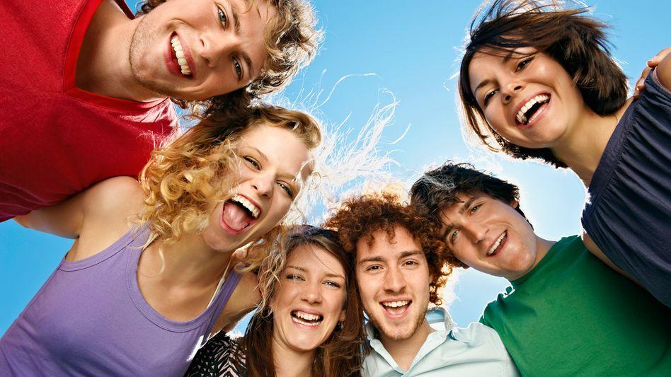 Glückliche Jugendliche: Welche Wünsche haben sie?