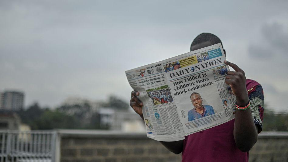Zeitungsbericht über die mutmaßlichen Morde an mehreren Kindern in Kenia